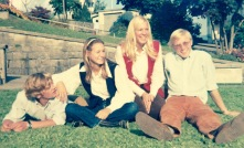 sisters w kalle & wulfing 1970